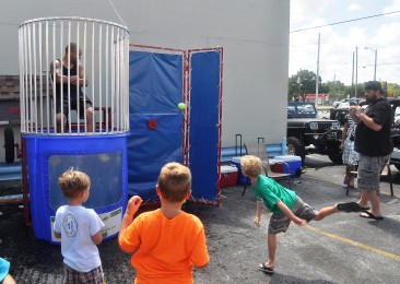 dunk tank action 6
